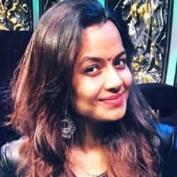 Nidhi Moony Singh (Punit Pathak's Wife) Biography, Age, Height, Family, Caste, Wiki & More