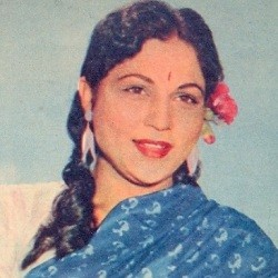 Nirupa Roy Biography, Age, Death, Height, Weight, Family, Caste, Wiki & More