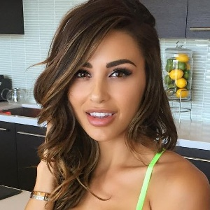 Ana Cheri Biography, Age, Husband, Children, Family, Wiki & More