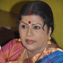 L. R. Eswari Biography, Age, Husband, Children, Family, Caste, Wiki & More