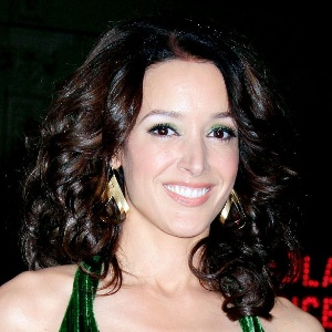 Jennifer Beals Biography, Age, Height, Weight, Family, Wiki & More