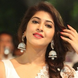 Sonarika Bhadoria Biography, Age, Height, Weight, Boyfriend, Family, Wiki & More