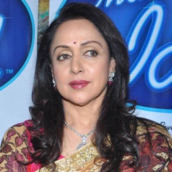 Hema Malini Biography, Age, Husband, Children, Family, Caste, Wiki & More