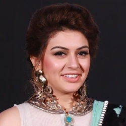 Hansika Motwani Biography, Age, Height, Weight, Boyfriend, Family, Wiki & More