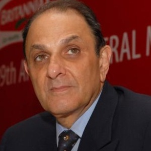Nusli Wadia Biography, Age, Height, Weight, Family, Caste, Wiki & More