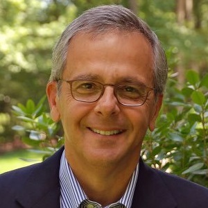 Mike Lupica Biography, Age, Height, Weight, Family, Wiki & More