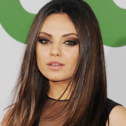 Mila Kunis Biography, Age, Height, Weight, Family, Wiki & More