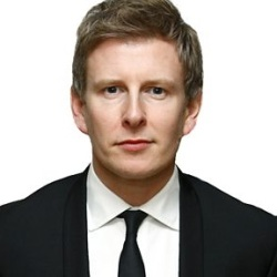 Patrick Kielty Biography, Age, Height, Weight, Family, Wiki & More