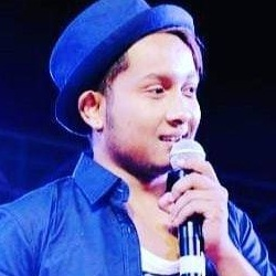 Pawandeep Rajan (Singer) Wiki, Age, Biography, Height, Girlfriend, Family, Facts, Caste & More