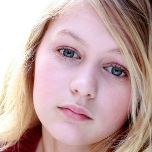 Ryan Simpkins Biography, Age, Height, Weight, Family, Wiki