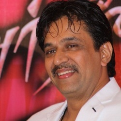 Arjun Sarja Biography, Age, Wife, Children, Family, Caste, Wiki & More