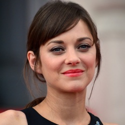 Marion Cotillard Biography, Age, Height, Weight, Boyfriend, Family, Wiki & More