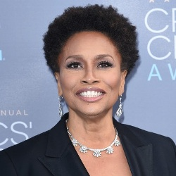 Jenifer Lewis Biography, Age, Height, Weight, Family, Wiki & More