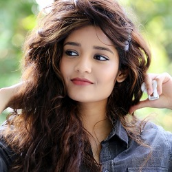 Ritika Singh Biography, Age, Height, Weight, Boyfriend, Family, Wiki & More