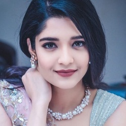 Ritika Singh Biography, Age, Height, Weight, Boyfriend, Family, Facts, Wiki & More