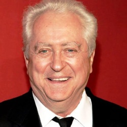 Robert Downey Sr. Biography, Age, Height, Weight, Family, Wiki & More