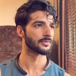 Rohman Shawl (Model) Biography, Age, Height, Weight, Girlfriend, Family, Caste, Wiki & More