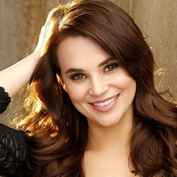 Rosanna Pansino Biography, Age, Height, Weight, Family, Wiki & More
