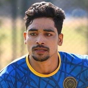 Mohammed Siraj Biography, Age, Height, Weight, Girlfriend, Family, Wiki & More