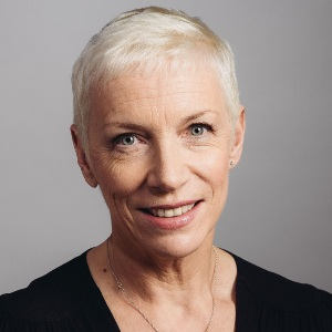 Annie Lennox Biography, Age, Height, Weight, Family, Wiki & More