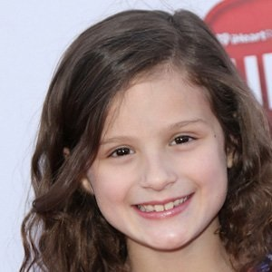 Hayley Noelle LeBlanc Biography, Age, Height, Weight, Family, Wiki & More