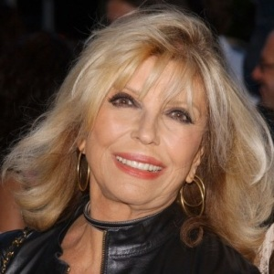 Nancy Sinatra Biography, Age, Height, Weight, Family, Wiki & More