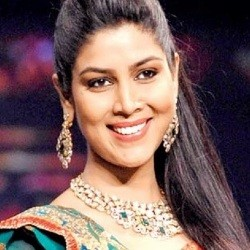 Sakshi Tanwar Biography, Age, Height, Weight, Boyfriend, Family, Wiki & More