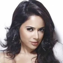 Sameera Reddy Biography, Age, Height, Husband, Children, Family, Facts, Caste, Wiki & More