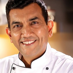 Sanjeev Kapoor Biography, Age, Wife, Children, Family, Caste, Wiki & More