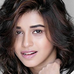 Sanskruti Balgude Biography, Age, Height, Weight, Boyfriend, Family, Wiki & More