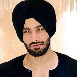 Shehzad Deol Biography, Age, Height, Weight, Girlfriend, Family, Caste, Wiki & More