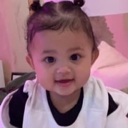 Stormi Webster (Daughter of Travis Scott & Kylie Jenner) Wiki, Biography, Age, Family & More