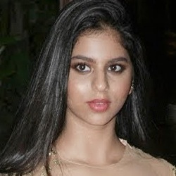 Suhana Khan Biography, Age, Height, Weight, Boyfriend, Family, Caste, Wiki & More