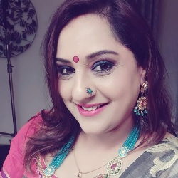 Sujatha Akshaya Biography, Age, Husband, Children, Family, Caste, Wiki & More