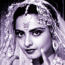 Rekha (Actress) Biography, Age, Height, Affair, Husband, Children, Family, Facts, Wiki & More