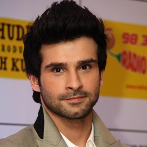 Girish Kumar Biography, Age, Height, Weight, Girlfriend, Family, Wiki & More
