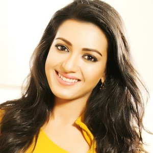 Catherine Tresa Biography, Age, Height, Weight, Boyfriend, Family, Wiki & More