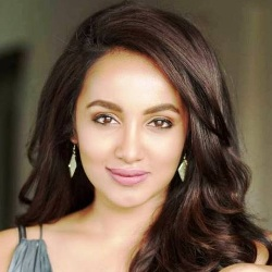 Tejaswi Madivada Biography, Age, Height, Weight, Boyfriend, Family, Wiki & More