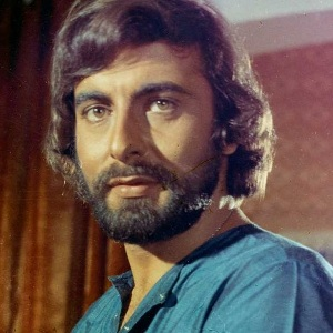 Kabir Bedi Biography, Age, Wife, Children, Family, Wiki & More