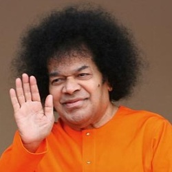 Sathya Sai Baba Biography Age Death Height Weight Family Caste