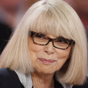 Mireille Darc Biography, Age, Death, Height, Weight, Family, Wiki & More