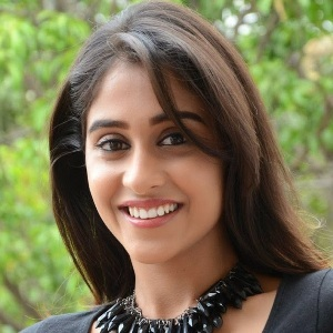Regina Cassandra Biography, Age, Height, Weight, Boyfriend, Family, Wiki & More