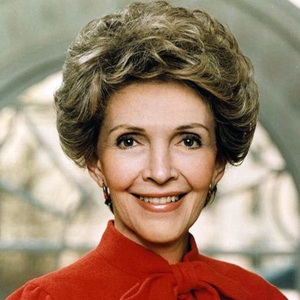 Nancy Reagan Biography, Age, Death, Height, Weight, Family, Wiki & More