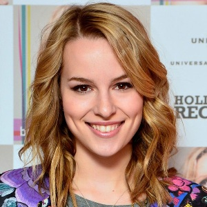 Bridgit Mendler Biography, Age, Height, Weight, Family, Wiki & More