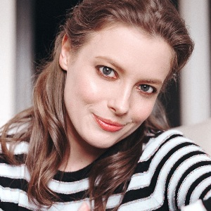 Gillian Jacobs Biography, Age, Height, Weight, Family, Wiki & More