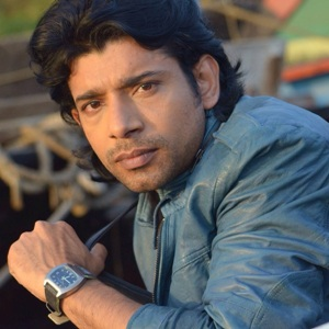 Vineet Kumar Singh Biography, Age, Height, Weight, Family, Caste, Wiki & More
