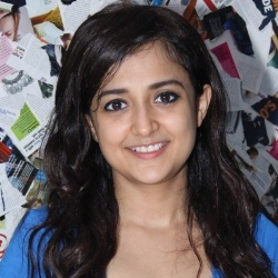 Monali Thakur Biography, Age, Height, Weight, Boyfriend, Family, Wiki & More