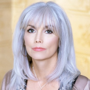 Emmylou Harris Biography, Age, Height, Weight, Family, Wiki & More