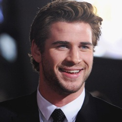 Liam Hemsworth Biography, Age, Wife, Children, Family, Wiki & More