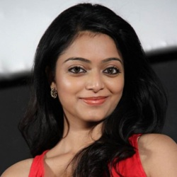 Janani Iyer Biography, Age, Height, Weight, Boyfriend, Family, Caste, Wiki & More